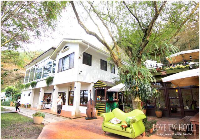 【台中景點餐廳】桃李河畔新社景點餐廳 @ 白色城堡的美麗故事
