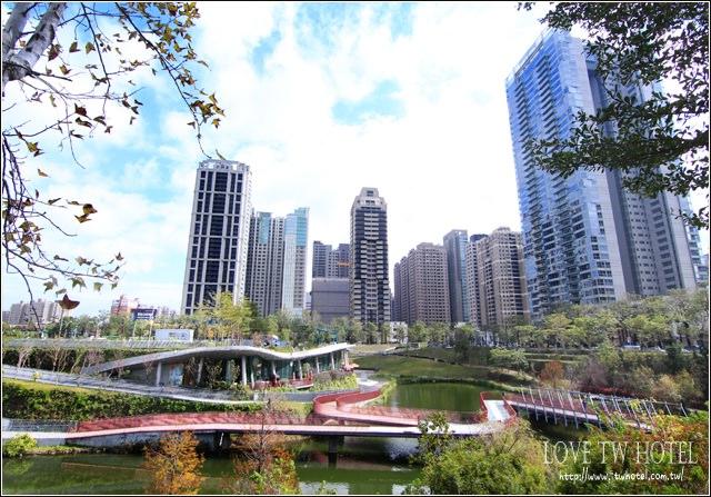 【台中景點】秋紅谷公園 @ 都市裡的約會勝地